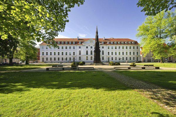 دانشگاههای دارای رشته داروسازی در آلمان