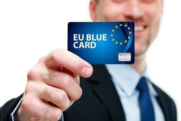 کارت آبی اتحادیه اروپا و شروط گرفتن آن