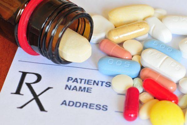 مدارک لازم برای اخذ پذیرش داروسازی آلمان